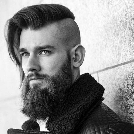 Fryzury Męskie Długie Włosy Wygolone Boki