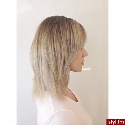 Fryzura Włosy Półdługie Cienkie