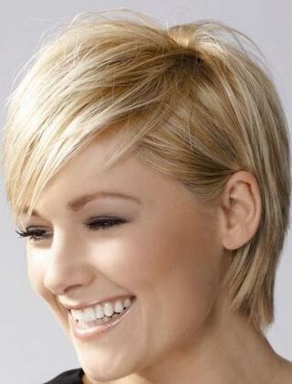 Krótkie Fryzury Damskie Dla Cienkich Włosów