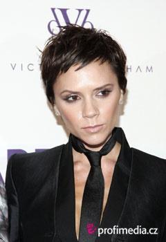 Victoria Beckham Fryzury