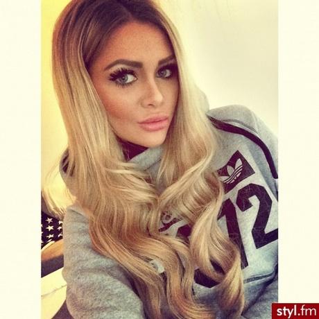 Blond Fryzury Długie
