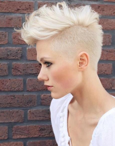 Krótkie Włosy Wygolony Bok