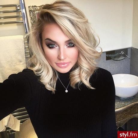 średnie Fryzury Blond