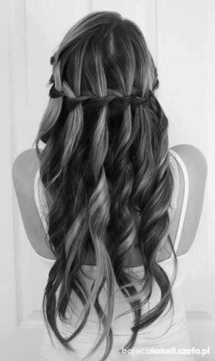 Fryzury Na Bal Gimnazjalny Długie Włosy