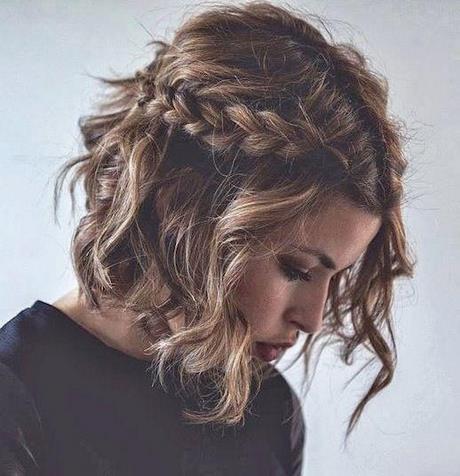 Fryzury ślubne Z Włosów Do Ramion