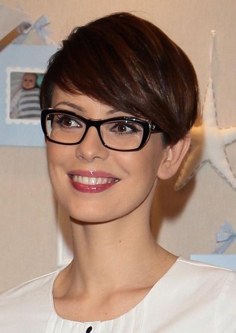 Krótkie Fryzury Do Okularów